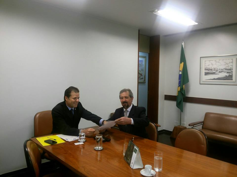 Dr. Mauricio e o Deputado Leonardo Quintão.