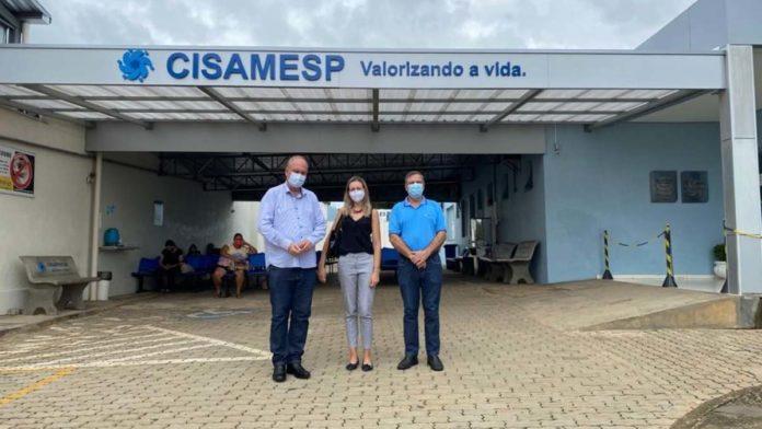 Henrique Wolf e Sheilla Faria visitaram o CISAMESP em Pouso Alegre