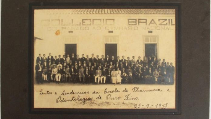 Escola de Pharmacia e Odontologia de Ouro Fino